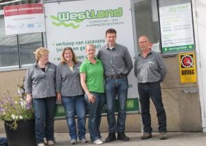 Shop team v.l.n.r.: Dolinda, Linda, Ceciel, Marcel en Frank.